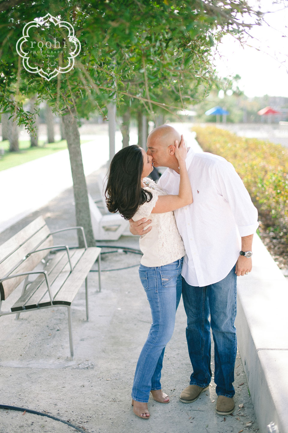 Curtis-Hixon-Park-Engagement-3